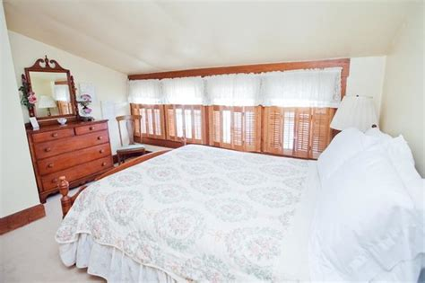 white bedroom picture of royal inn bed and