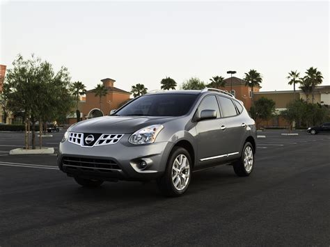 nissan rogue 2011 nissan rogue gets refresh 171 road reality