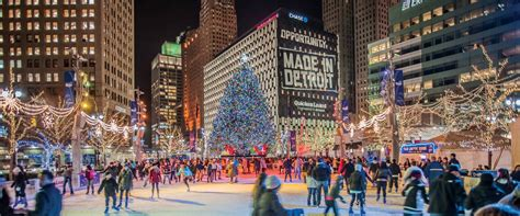 downtown detroit tree lighting detroit christmas tree lighting takes place tonight nov