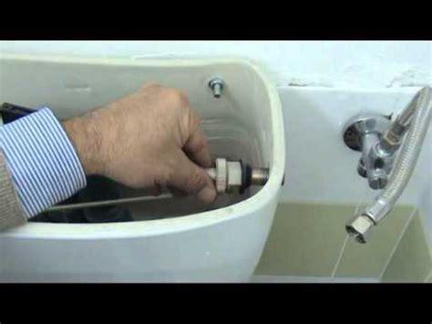 sostituire cassetta wc come sostituire il galleggiante di una cassetta di scarico