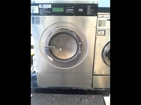 commercial washing machine maytag.clothes spinning youtube