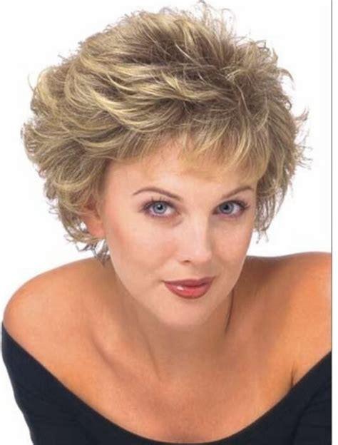 cortes para cabello rizado para mujeres de 50 aos elegante corto cortes de pelo pelucas sint 233 ticas env 237 o
