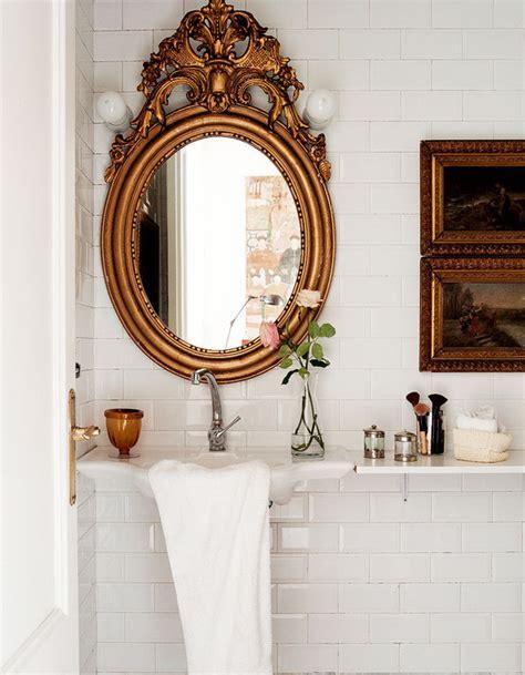 Antique Bathroom Wall Decor Vintage Bathroom Interior