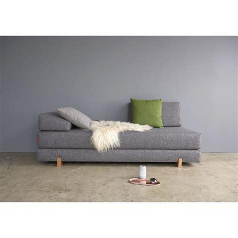 canapé lit de qualité decoration chambre bleu paon