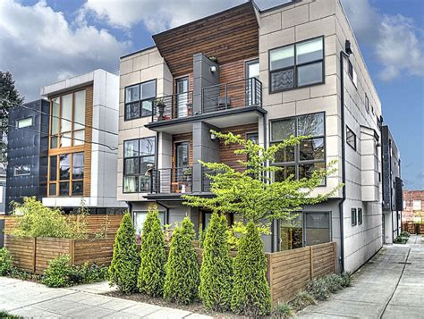 Modern Townhome on 12th   Urban Living