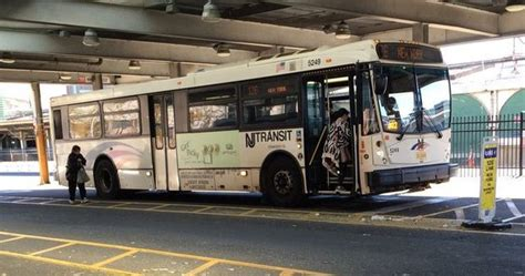 20 injured after 2 nj transit buses crash inside lincoln