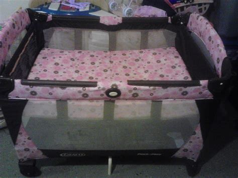 Pink And Brown Graco Pack N Play With Changing Table Pnk And Brown Pack N Play In Family Sale60181 S Garage Sale Villa Park Il