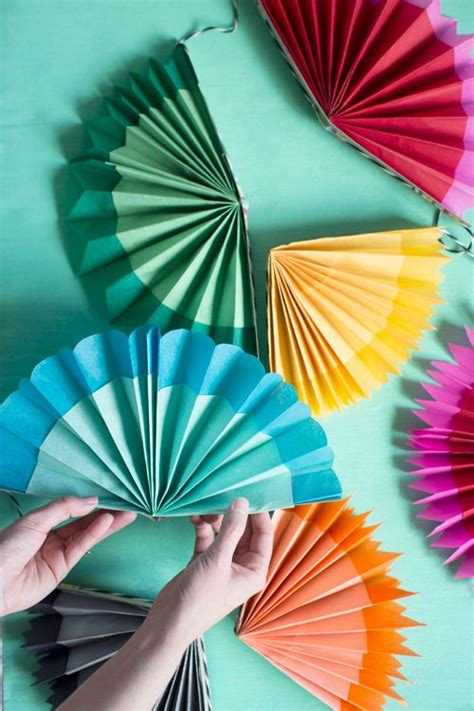 Make Paper Fans - paper fan garland make paper de mayo and tutorials