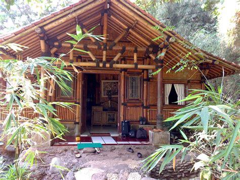 desain rumahvilla bambu eksotik
