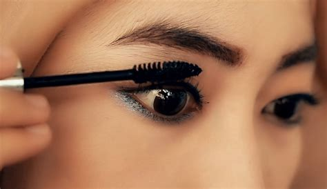 Eyeliner Dan Maskara Olay tutorial make up daily eyeliner eyebrow maskara