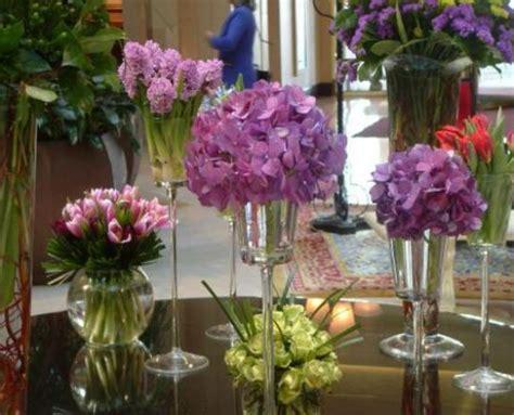 Blumen Tischdeko Einfach by Tischdeko Mit Blumen 35 Ideen Archzine Net