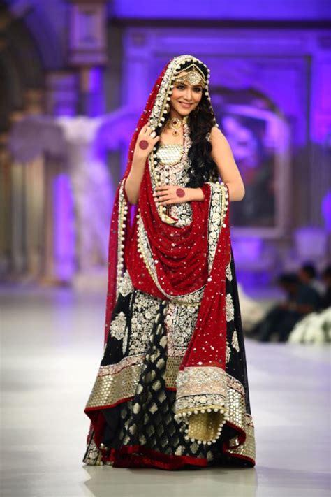 India Hijau By Zainab Collection fashion magazine zainab chottani bridal collection