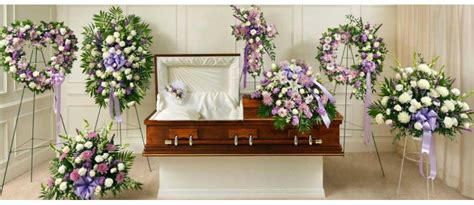 Heads Home For Funeral by Flower Arrangements At Funerals Regularlink