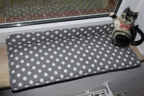 Die Fensterbank by Katzenkissen F 252 R Die Fensterbank Fensterbankliegen