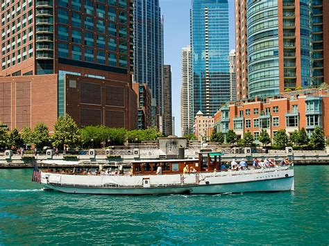 chicago architectural boat tours reviews chicago architecture foundation river cruise chicago