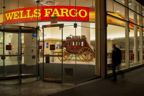 congressman brad sherman tells janet yellen to break up - Banco Wells Fargo