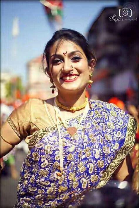 Women Wearing Nauvari In Gudi Padwa photo Sexy Girls