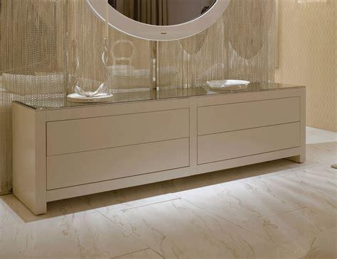 Luxury Chest Of Drawers by Nella Vetrina Visionnaire Ipe Cavalli Magnolia Luxury