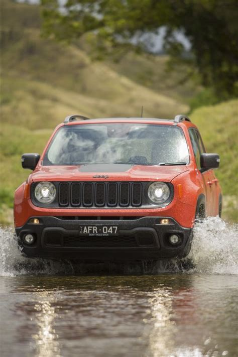Jeep Renegade Pricing Jeep Renegade Jeep Drops Renegade Prices Again Goauto