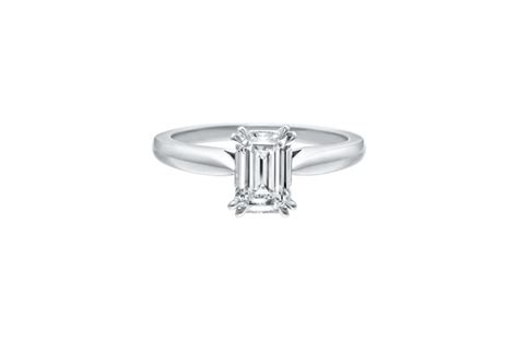 emerald cut solitaire ring harry winston