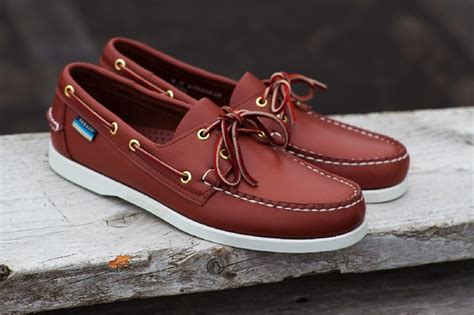 boat shoes or loafers difference 39 best images about men s fashion sebago on pinterest