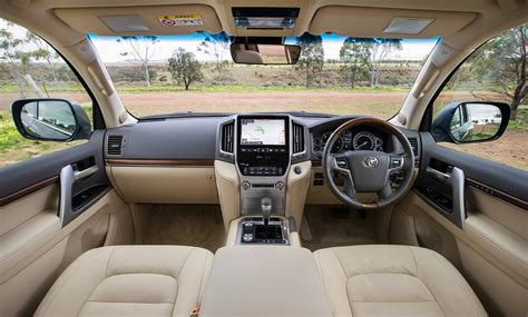 Interior Land land cruiser exterior and interior 2016 2017 best cars review 2017 2018 best cars reviews