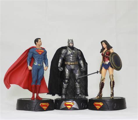 Superman Batman Wonderwoman Krypto Pvc Statue 2017 arrive toys superman batman figure 20cm pvc model