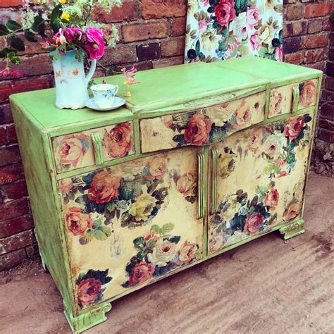 Decoupage On Wood Furniture - 1689 best painted furniture images on painted