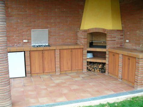 patio interior ladrillo 100 best images about barbacoas cocinas y pergolas para