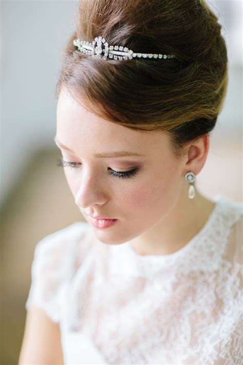 Hepburn Inspired Wedding Hairstyles by Stunning Retro Wedding Hairstyles For Classic Wedding