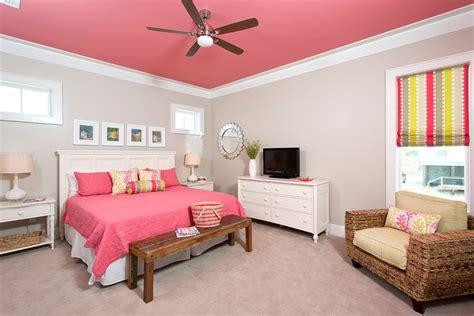 女生卧室装修效果图大全2013图片欣赏 土巴兔装修效果图
