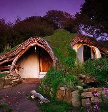 real hobbit house stunning real life hobbit house