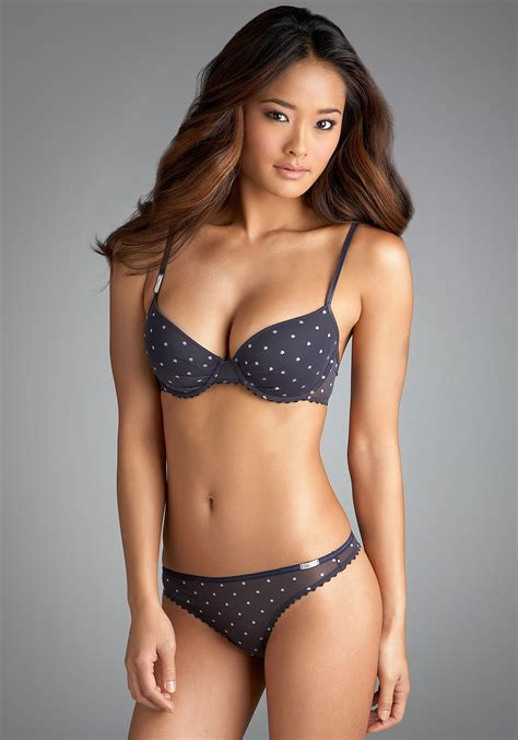 pimpandhost young model agency fashion and models blog jarah mariano calvin klein lingerie