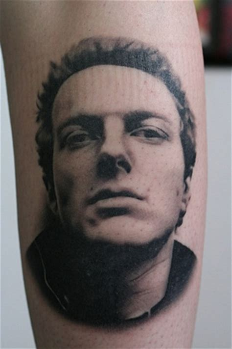 bill byers tattoos joe strummer face