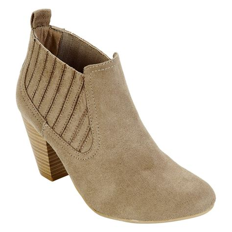 sears s boot sale boots as low as 6 37 reg 49 99