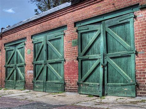 Overhead Door Of Washington Dc Washington Dc Vintage Garage Doors Fuel Up Pinterest