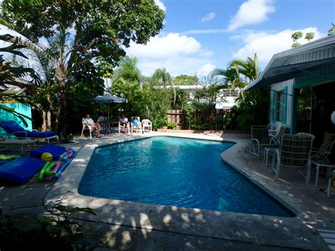 cool houses with pools cool pool houses house plan 2017