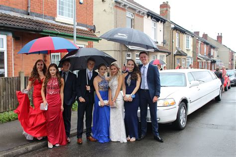prom limousine school prom limo hire nottingham with premier limos