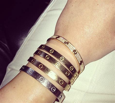 Kylie Jenner Has Been Stuck In Her Cartier Bracelet for 4 Years   Galore