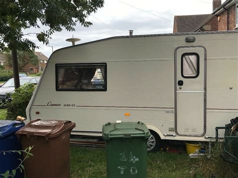 besacarr  berth caravan  grays essex gumtree