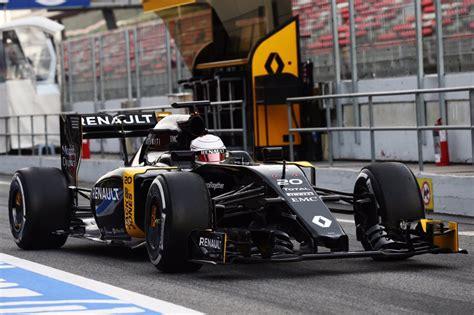 f1 test live kevin magnussen tester i dag f1 test live racemag