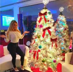 Christmas Decorations Austin Coco Austin And Britney Spears Show Off Their Christmas