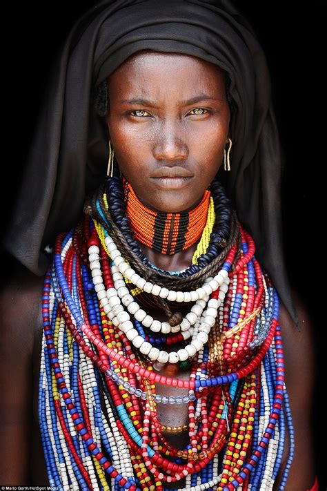 african tribe women photographer mario gerth s portraits of african tribes we