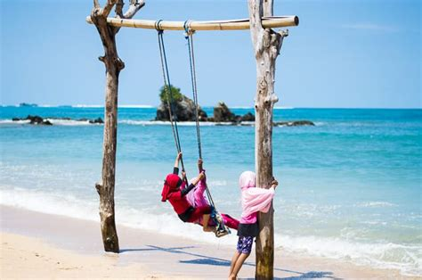 airbnb kuta lombok things to do in lombok where to stay thrifty family