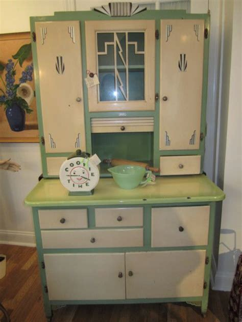art deco kitchen cabinets 1000 images about art deco kitchen on pinterest stove
