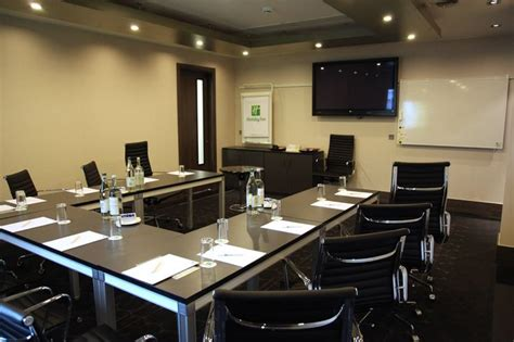 small conference room cpf office images pinterest conference room design small meeting room back copyright