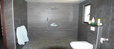 Attrayant Panneaux Pvc Salle De Bain #2: douche-italienne-salle-de-bain-receveur-extra-plat.jpg