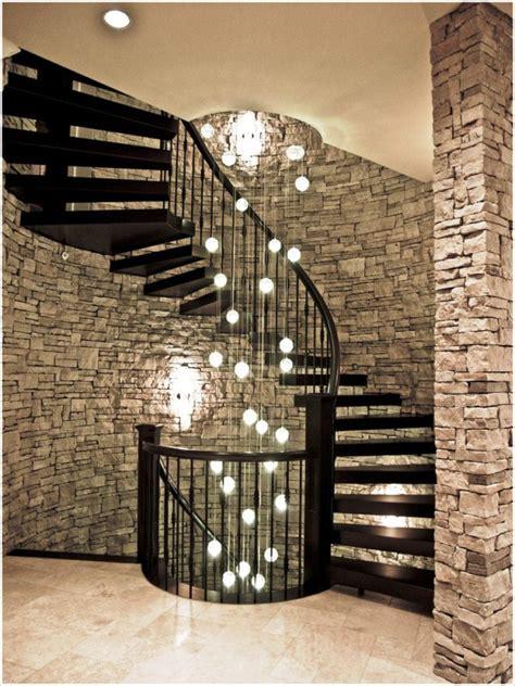 idei de decorare a sc艫rilor pentru un interior inedit