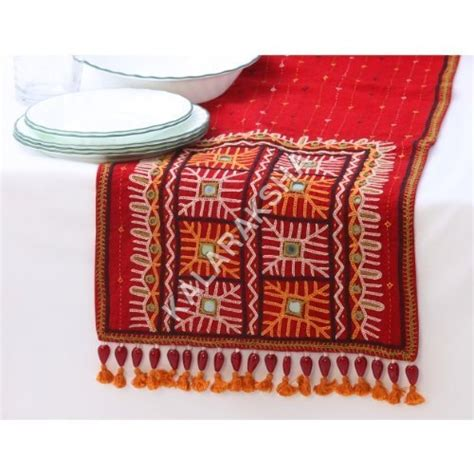 Kinara Tunic runner rabari runner rabari exporter manufacturer supplier kutch india