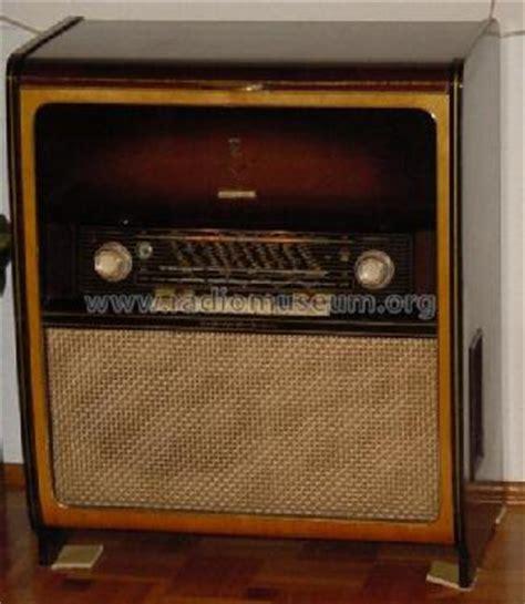 Musik Schrank by Musikschrank 7000 Radio Grundig Radio Vertrieb Rvf Radiowe